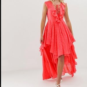 NWT🌟 Layered hibiscus maxi dress - Never worn! 🌟
